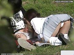 پری جوان در حال عکس زن تپل سکسی یادگیری اصول رابطه جنسی بود